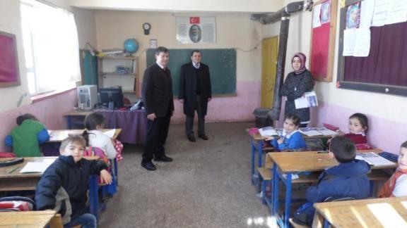 İlçe Milli Eğitim Müdürü Seyfettin GÜL ve Şube Müdürü Musa GÖZÜDİK Kurtboğaz Asakboyu İlkokulu