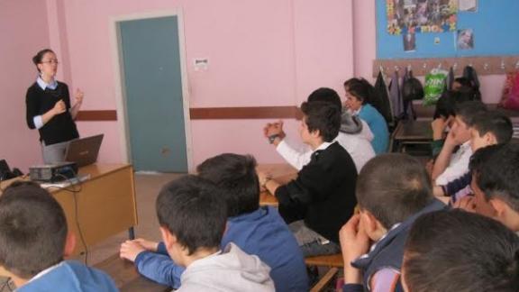 rehber-ogretmenlerimizin-seminerler-kapsaminda-seferli-ortaokulu-na-ziyareti