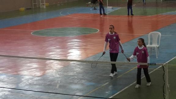 badminton-musabakalari-devam-ediyor