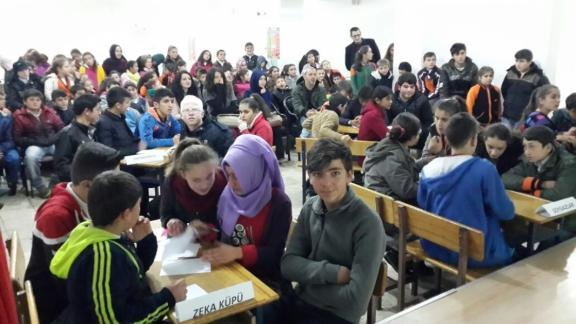 ilcemiz-cay-ralan-ilk-ortaokulu-oegrencileri-aras-nda-bilgi-yar-smas-yap-ld